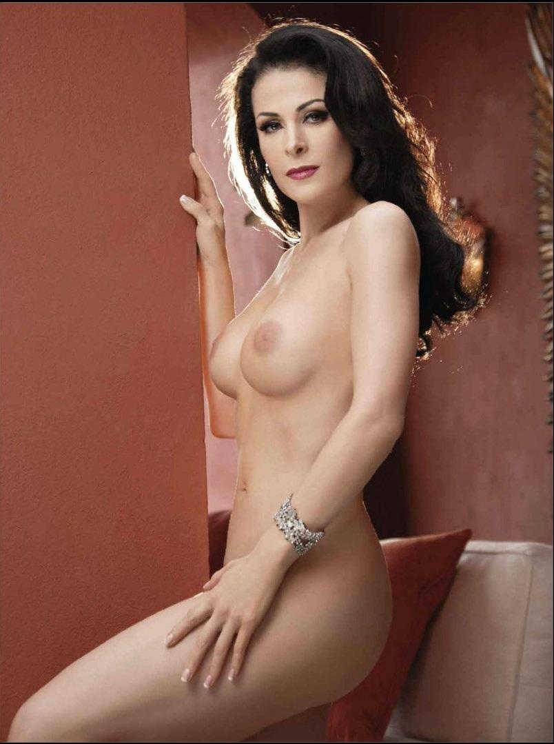 Desnuda entre la gente - 3 part 10