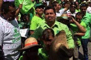 Rogelio-Sánchez-Galán-en-campaña-por-el-Partido-Verde-Foto-Tomada-de-Facebook-440x294